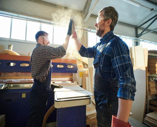 Jak poprawić morale załogi i zwiększyć wydajność?